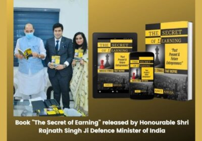 """The Defence Minister of India Releases the New-Gen Entrepreneurship Bible """"The Secret of Earning"""""""